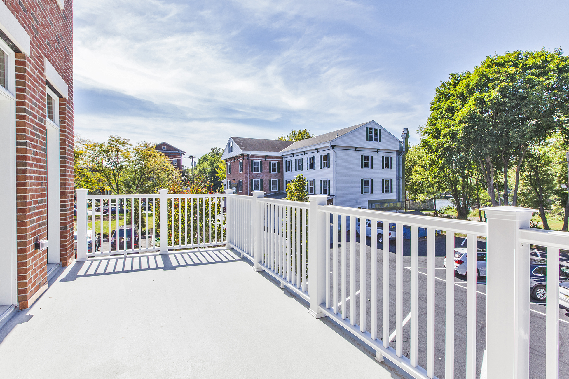 Additional photo for property listing at Twenty Outstanding Waterfront Townhouses 7 2nd Street B3 Frenchtown, Nueva Jersey 08825 Estados Unidos