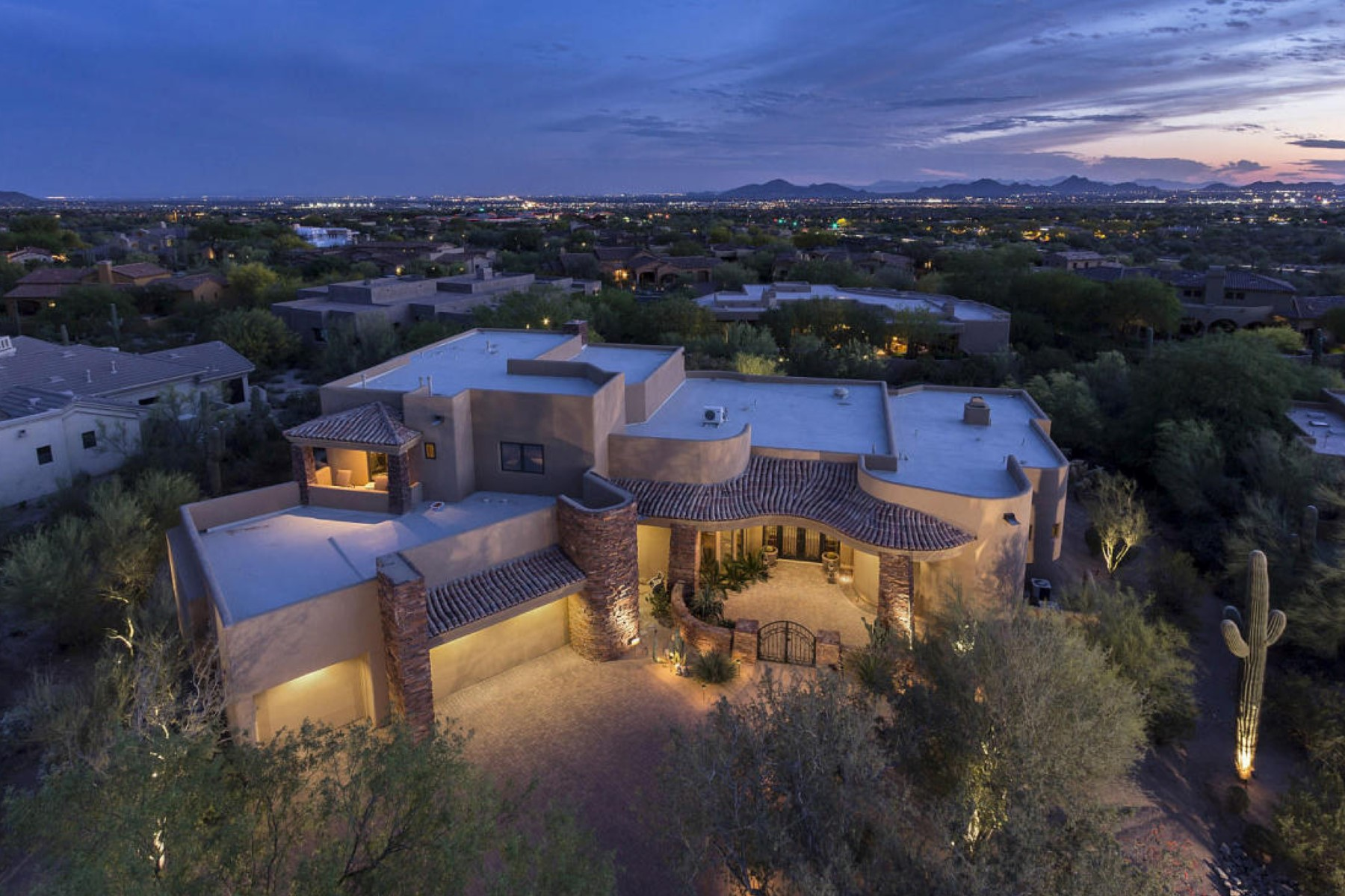 Single Family Home for Sale at Gorgeous Custom Home Located In Prestigious Country Club At DC Ranch 9290 E Thompson Peak Pkwy #417 Scottsdale, Arizona 85255 United States