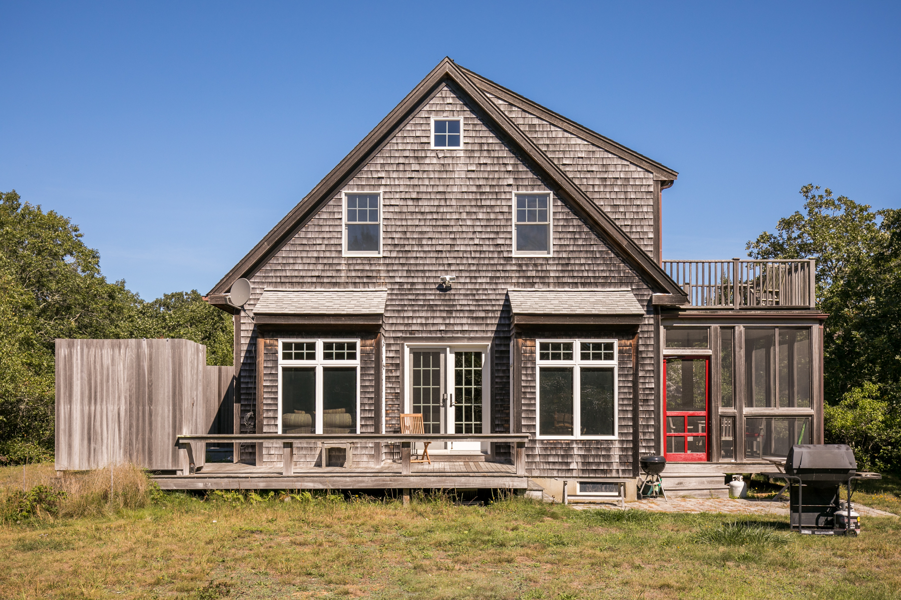 Moradia para Venda às Beautiful West Tisbury Setting 17 Great Plains Road West Tisbury, Massachusetts, 02575 Estados Unidos