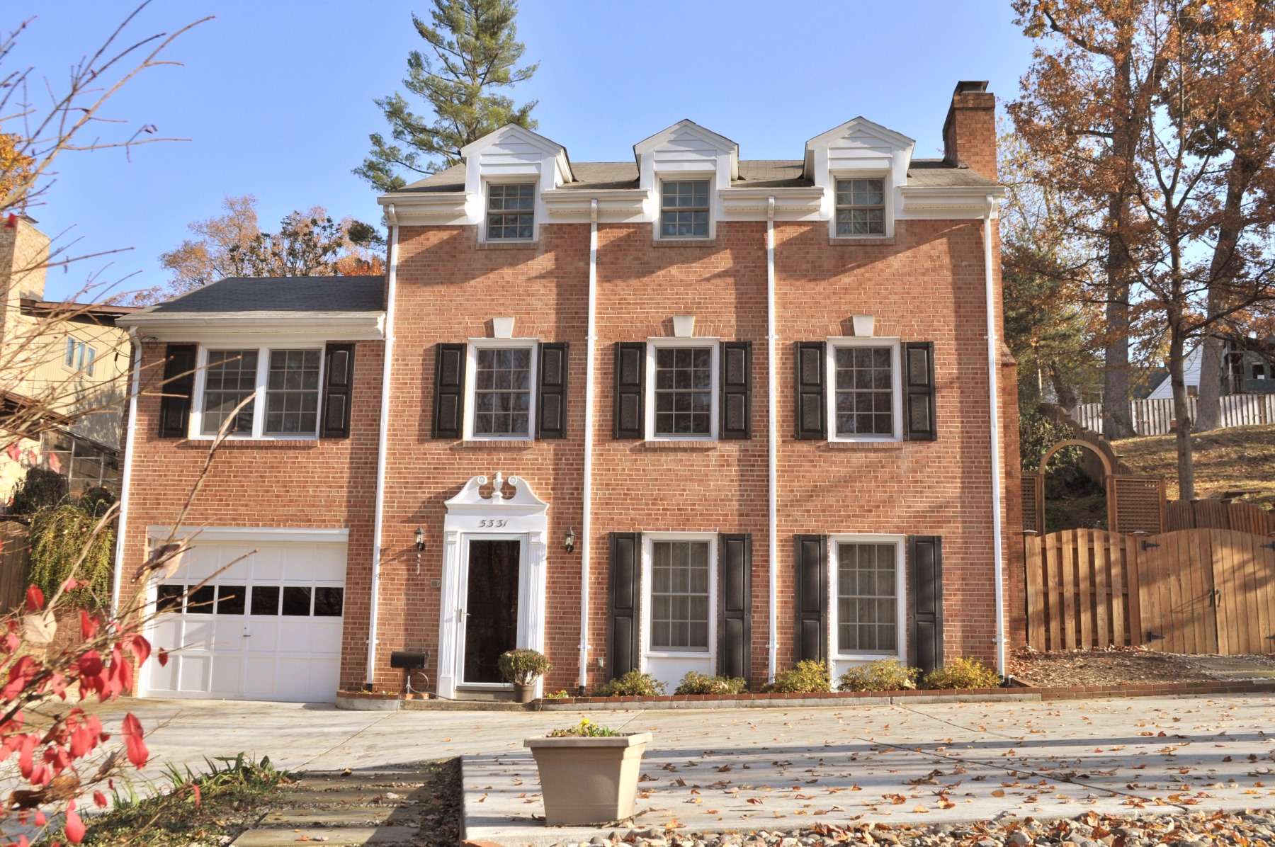 Single Family Home for Sale at 5331 Massachussetts Ave Bethesda, Maryland 20816 United States