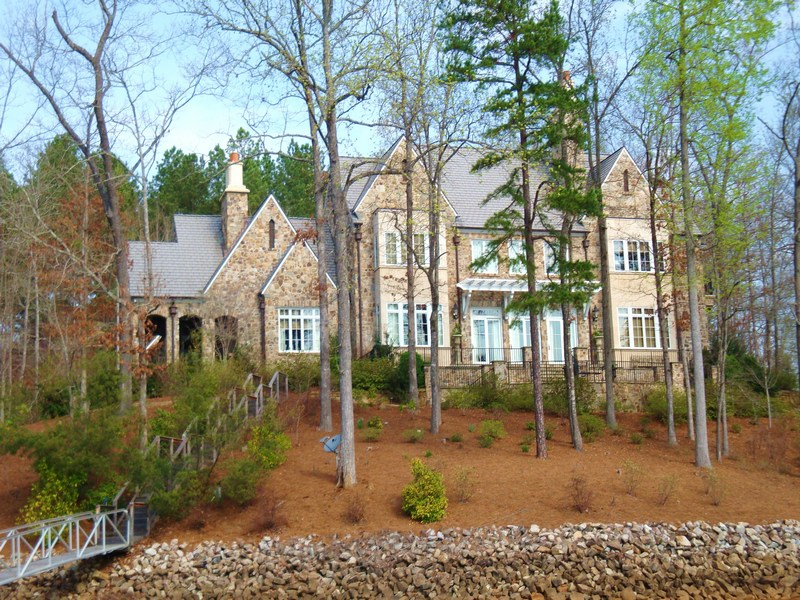 Villa per Vendita alle ore Timeless Architecture 914 Rippling Water Way LP15 The Cliffs At Keowee Falls, Salem, Carolina Del Sud 29676 Stati Uniti