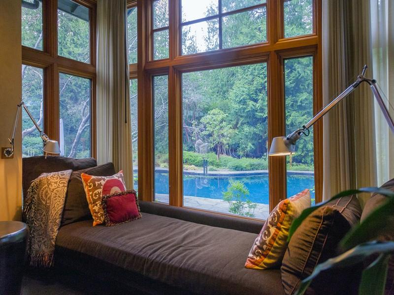 Additional photo for property listing at 4334 W Cramer Street  Seattle, Washington 98199 United States