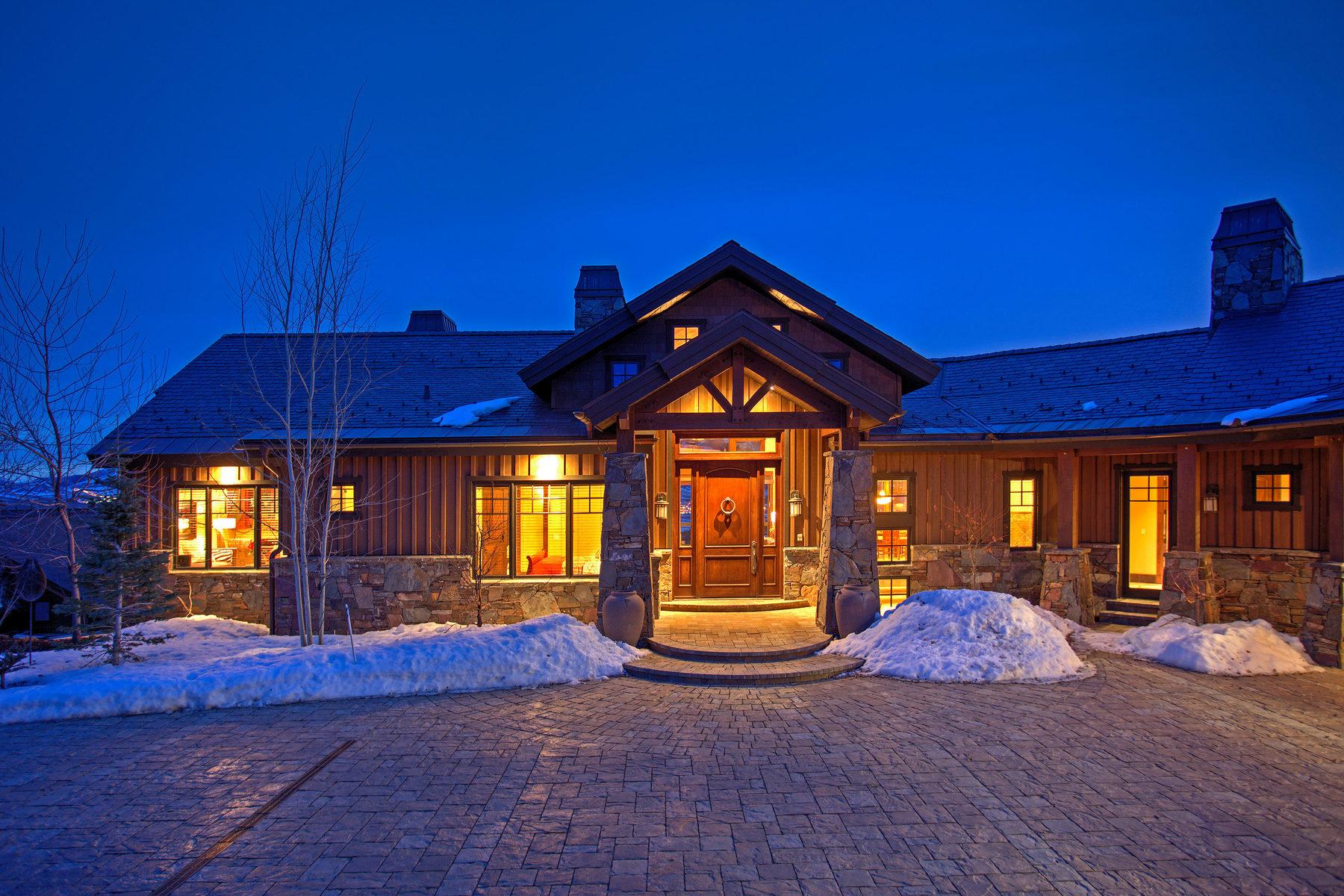 단독 가정 주택 용 매매 에 Fabulous Custom Home in West Hills on 4.08 Acres 7771 N West Hills Trl Park City, 유타, 84098 미국