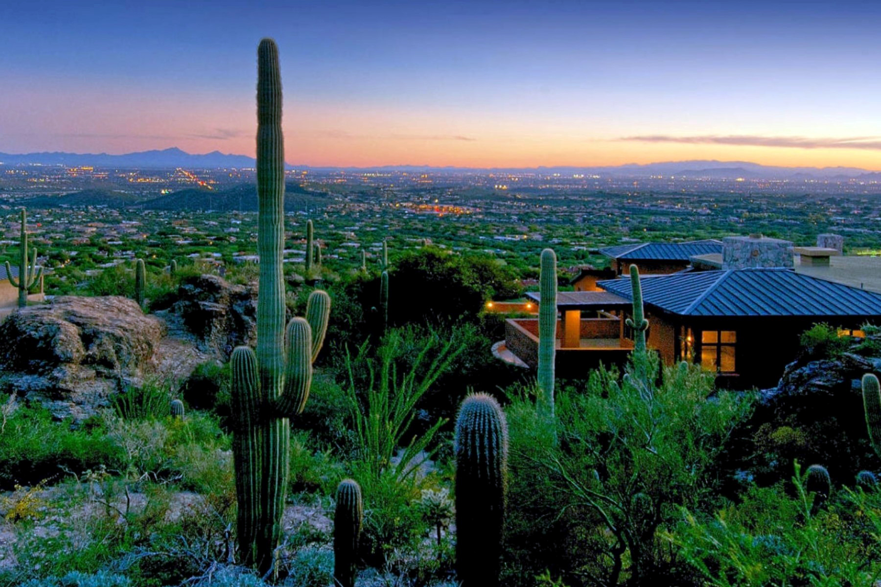 Частный односемейный дом для того Продажа на The Crown Jewel In Tucson Real Estate with Uncomparable Views 6600 N Eagle Ridge Drive Tucson, Аризона 85718 Соединенные Штаты