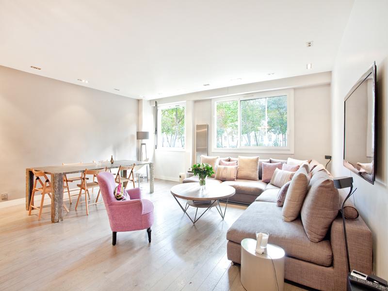 Apartment for Sale at Apartment - Ecole Bleue Neuilly, Ile-De-France 92200 France