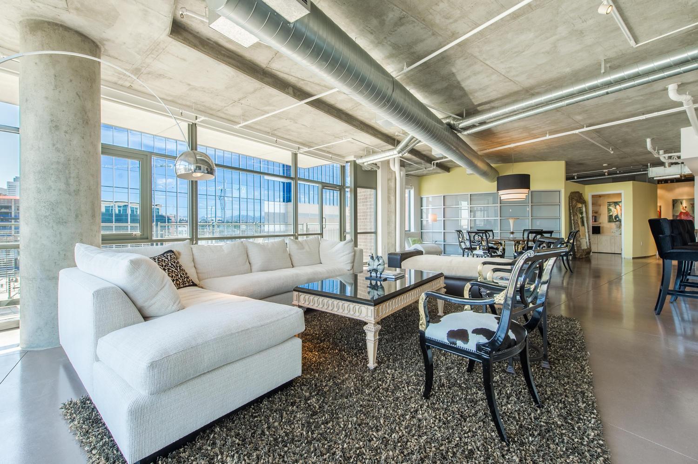 共管式独立产权公寓 为 销售 在 2100 16th Street Unit 608 丹佛, 科罗拉多州, 80202 美国