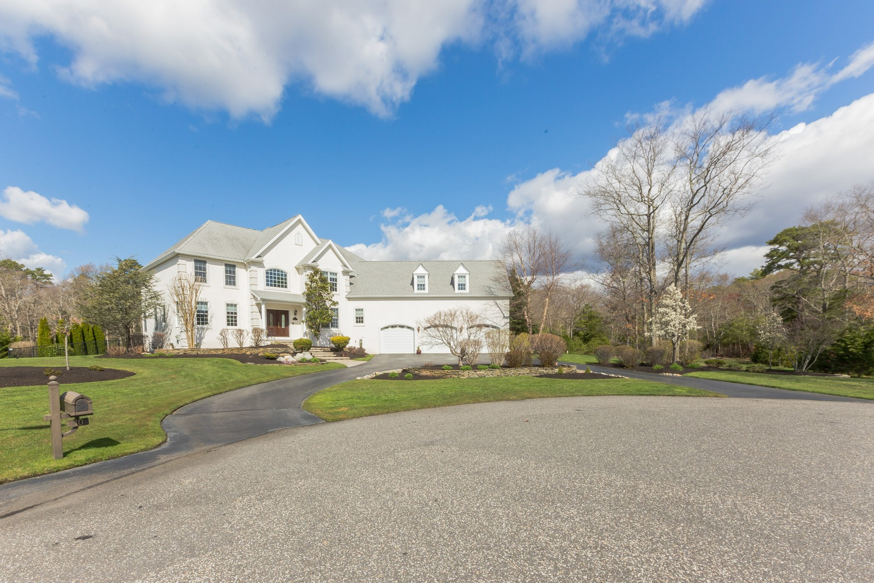 其他住宅 為 出售 在 Premier Single Home 10 Magnolia Court Upper Township, 新澤西州, 08230 美國