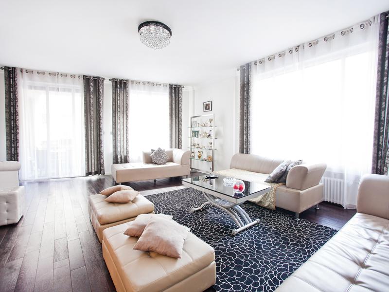 Appartamento per Vendita alle ore Apartment - Trocadero Paris, Parigi 75016 Francia