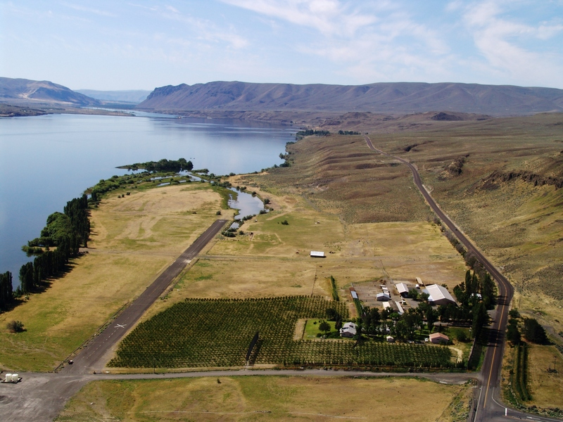 Land for Sale at Vantage Bay Huntzinger Road Vantage, Washington 98950 United States