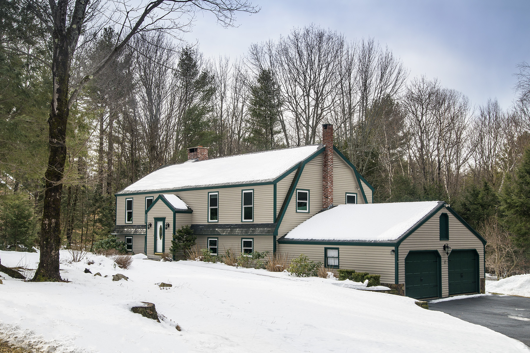 Single Family Home for Sale at 30 Edna Lane North Yarmouth, Maine, 04097 United States