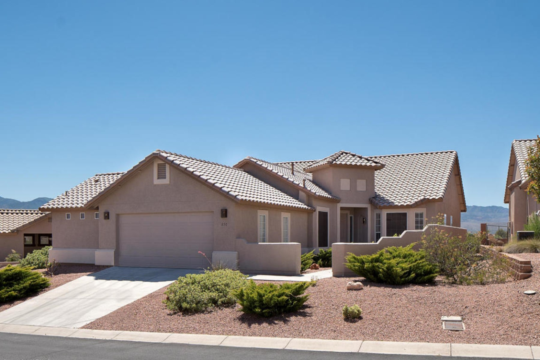 Single Family Home for Sale at Stunning Golf Course home in quiet gated community. 850 S Golf View Drive Cornville, Arizona 86325 United States