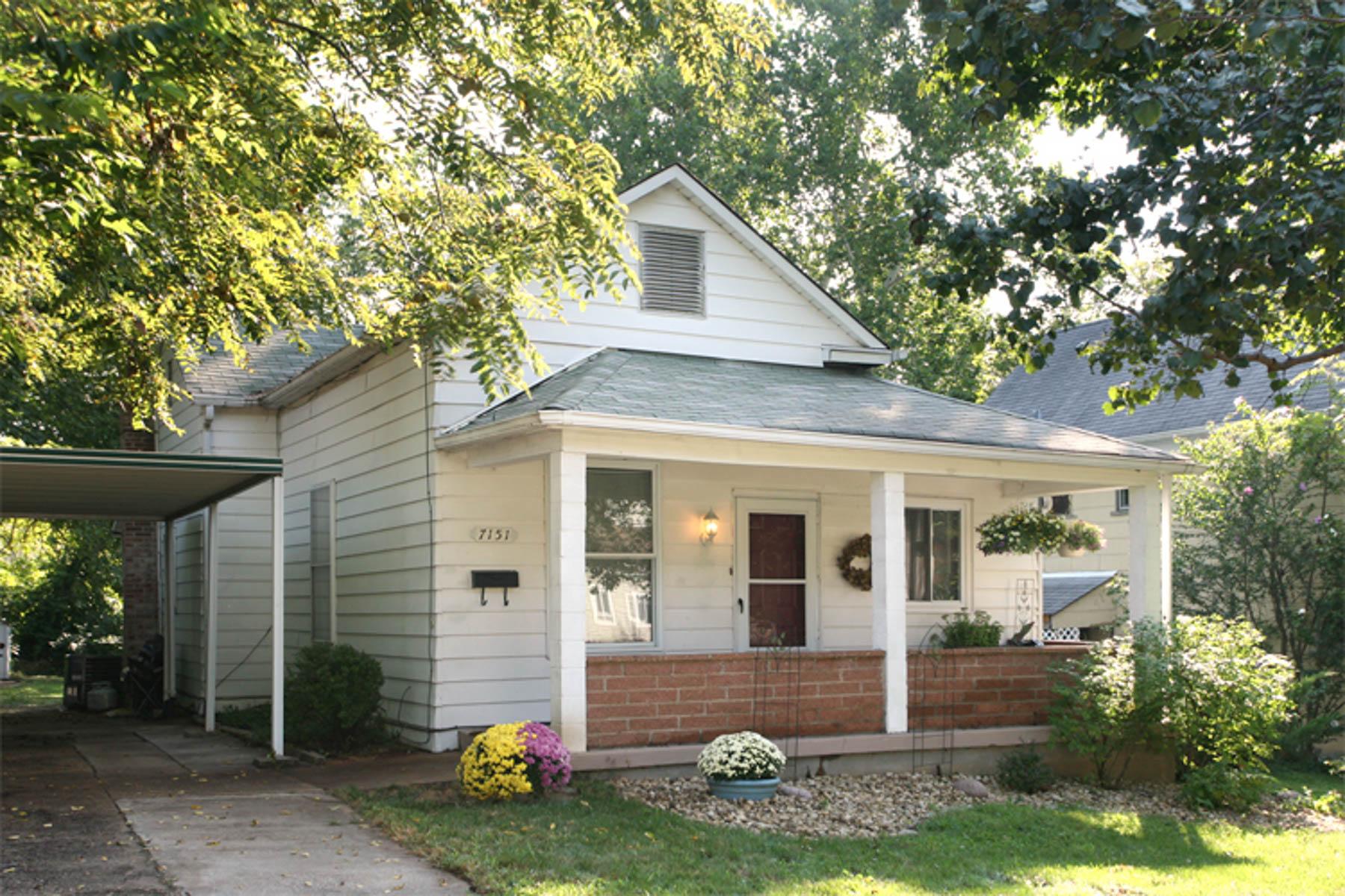 Casa para uma família para Venda às Kensington 7151 Kensington Ave Maplewood, Missouri 63143 Estados Unidos