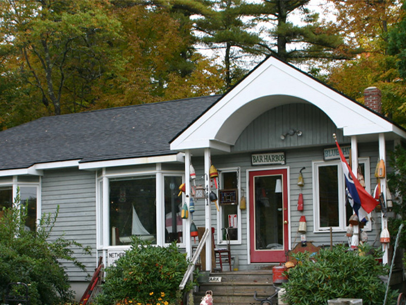 Commercial for Sale at 441 Main Street 441 Main St. Damariscotta, Maine 04543 United States