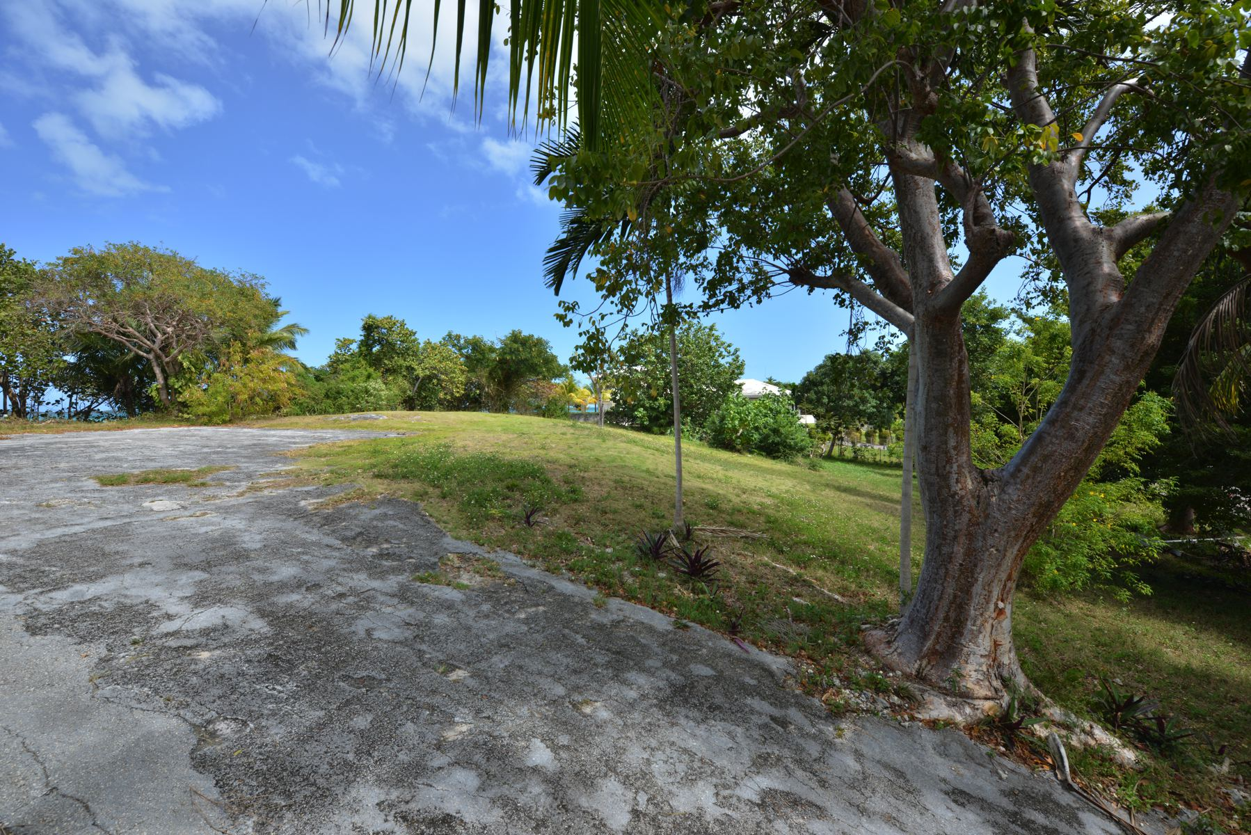 Terrain pour l Vente à Beachfront Lot off Eastern Road Eastern Road, New Providence/Nassau Bahamas