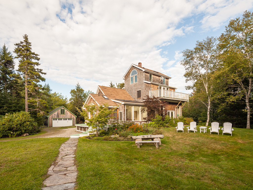Single Family Home for Sale at 117 Roaring Spout 117 Roaring Spout Road St. George, Maine, 04860 United States