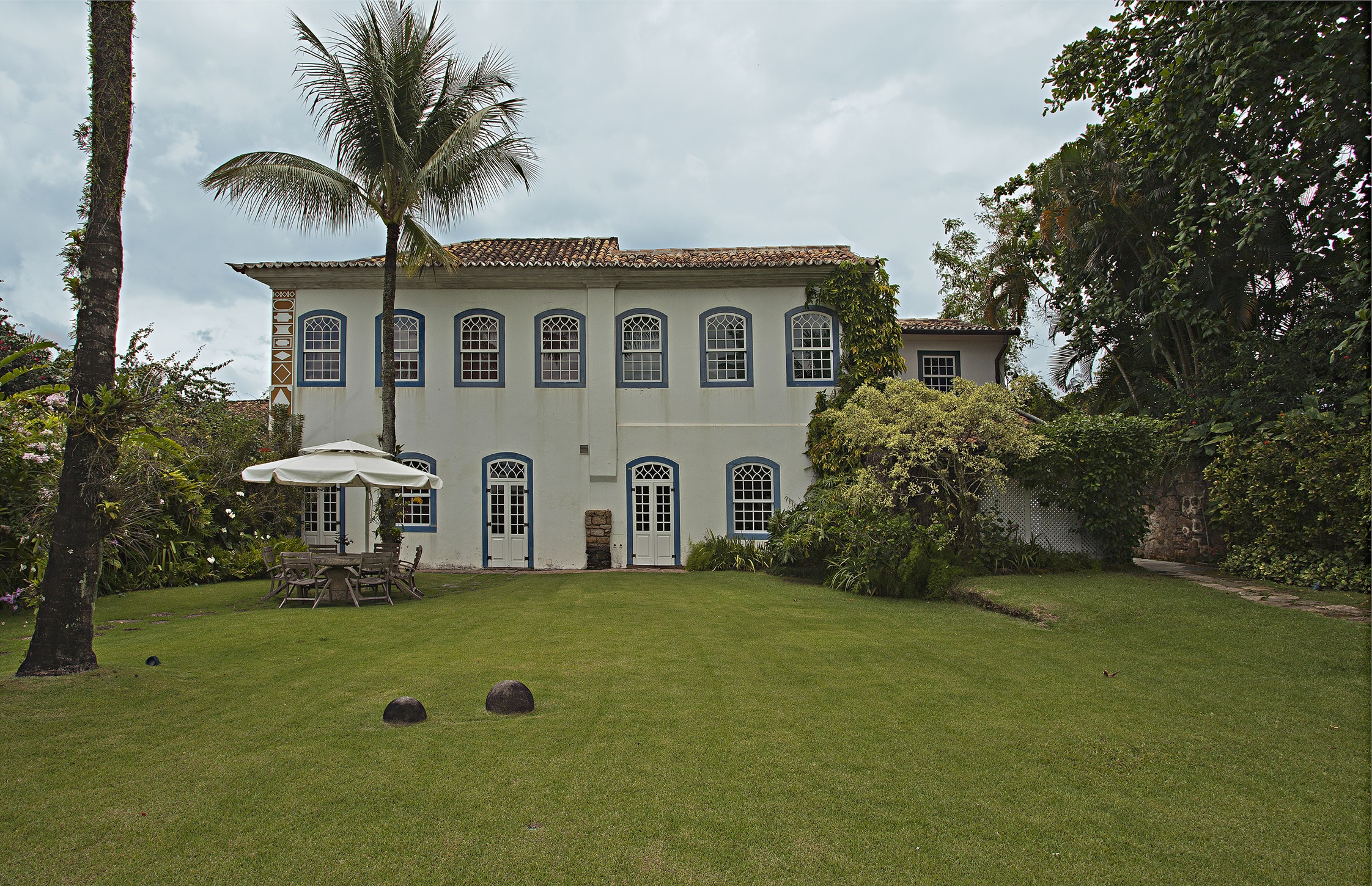 Single Family Home for Sale at Historic Residence Rua Doutor Pereira Paraty, Rio De Janeiro, 23970000 Brazil