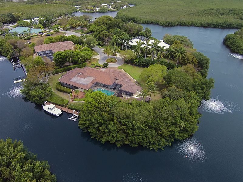 獨棟家庭住宅 為 出售 在 Truly Unique Canalfront Location at Ocean Reef 14 Harbor Island Drive Ocean Reef Community, Key Largo, 佛羅里達州 33037 美國