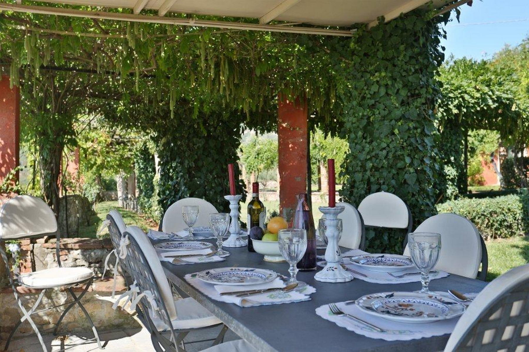 Additional photo for property listing at Enchanting property in Lucca countryside San Lorenzo di Moriano Lucca, Lucca 55100 Italy