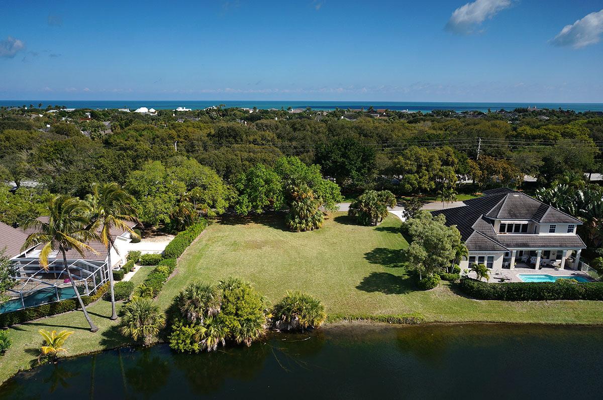 Terrain pour l Vente à Captivating homesite in Seagrove 165 Riverway Drive Vero Beach, Florida 32963 États-Unis