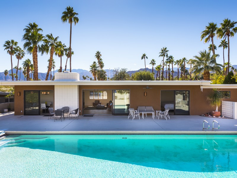 Single Family Home for Sale at 73640 Buckboard Trails Palm Desert, California 92260 United States