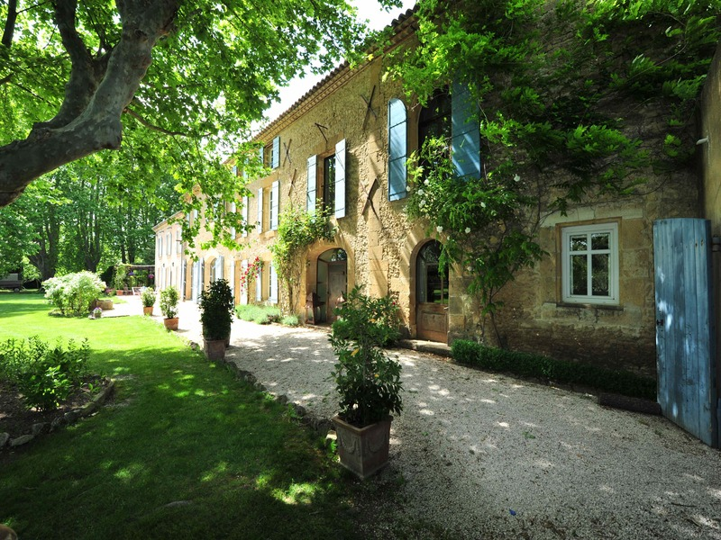Property For Sale at Aix-en-Provence 20 min Splendid Property