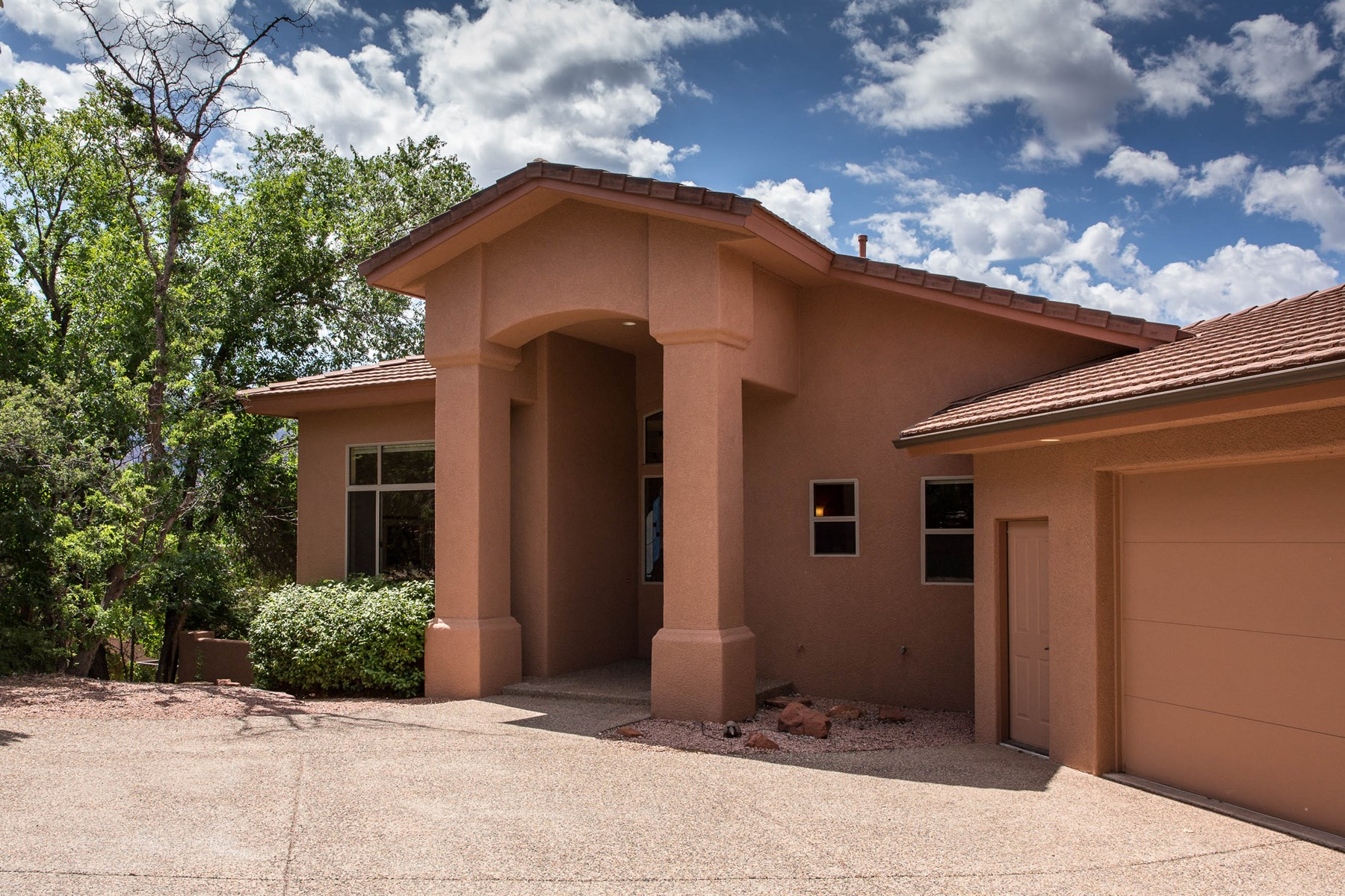 Vivienda unifamiliar por un Venta en Beauty, Serenity, and Privacy 141 N Palisades DR Sedona, Arizona, 86336 Estados Unidos