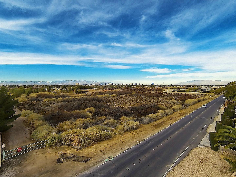 Terrain pour l Vente à 0 Tomiyasu Lane Las Vegas, Nevada 89120 États-Unis