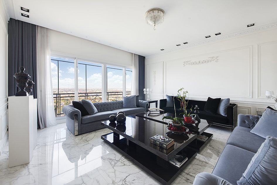 Additional photo for property listing at Refined Residence in Chateau Building - Puerto Madero Puerto Madero, Buenos Aires, Buenos Aires Argentina