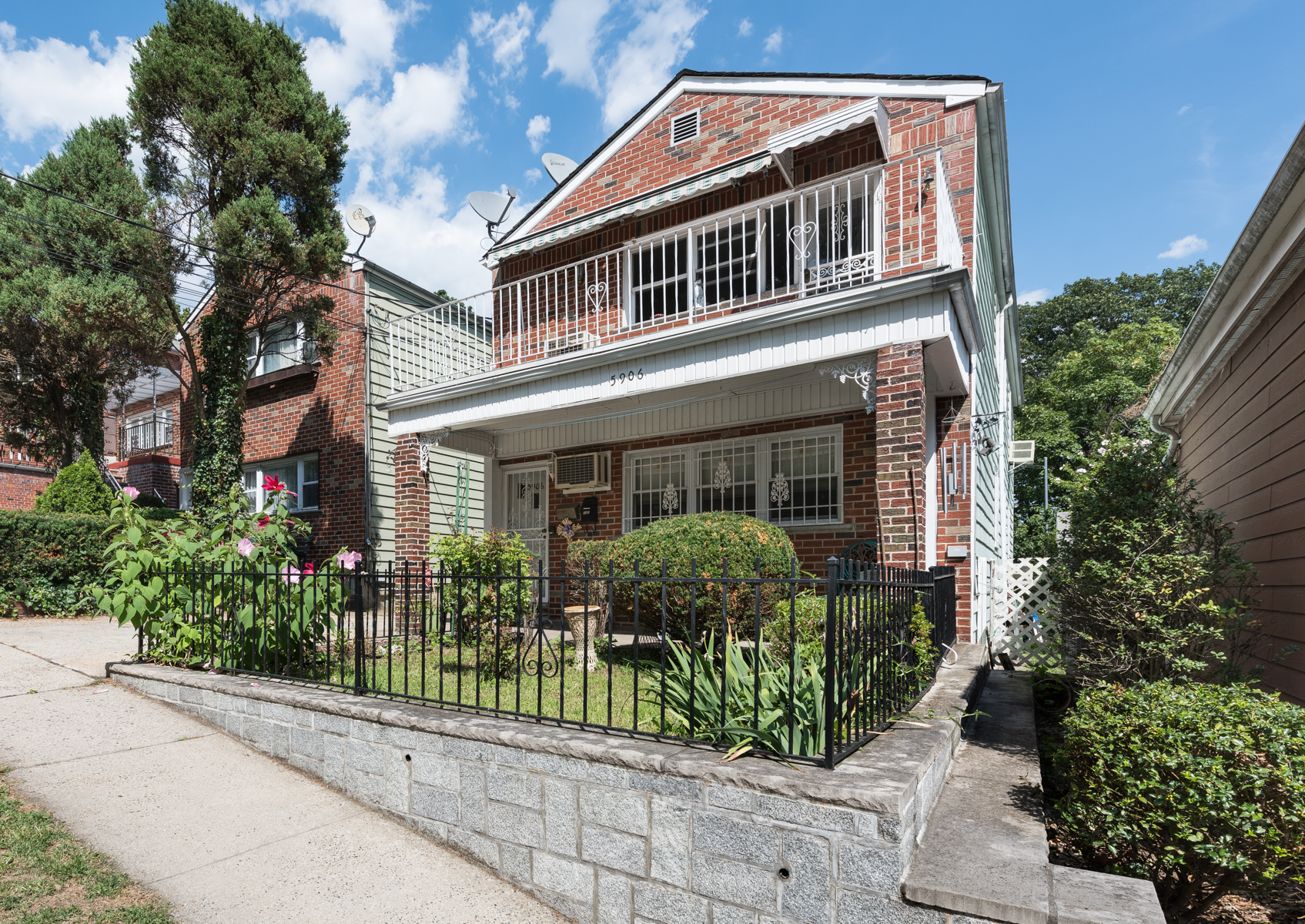 Multi-Family Home for Sale at Huge 2-Family with Full Basement 5906 Spencer Avenue Riverdale, New York 10471 United States