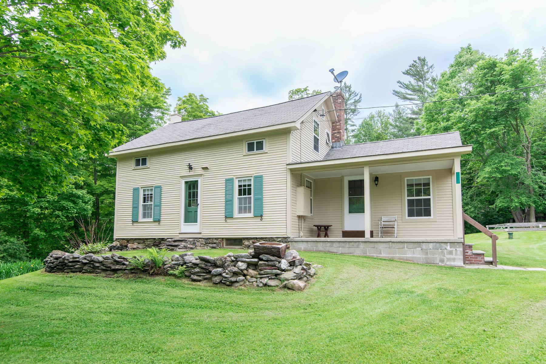 Maison unifamiliale pour l Vente à 1918 Green Hill, Danby Danby, Vermont 05739 États-Unis