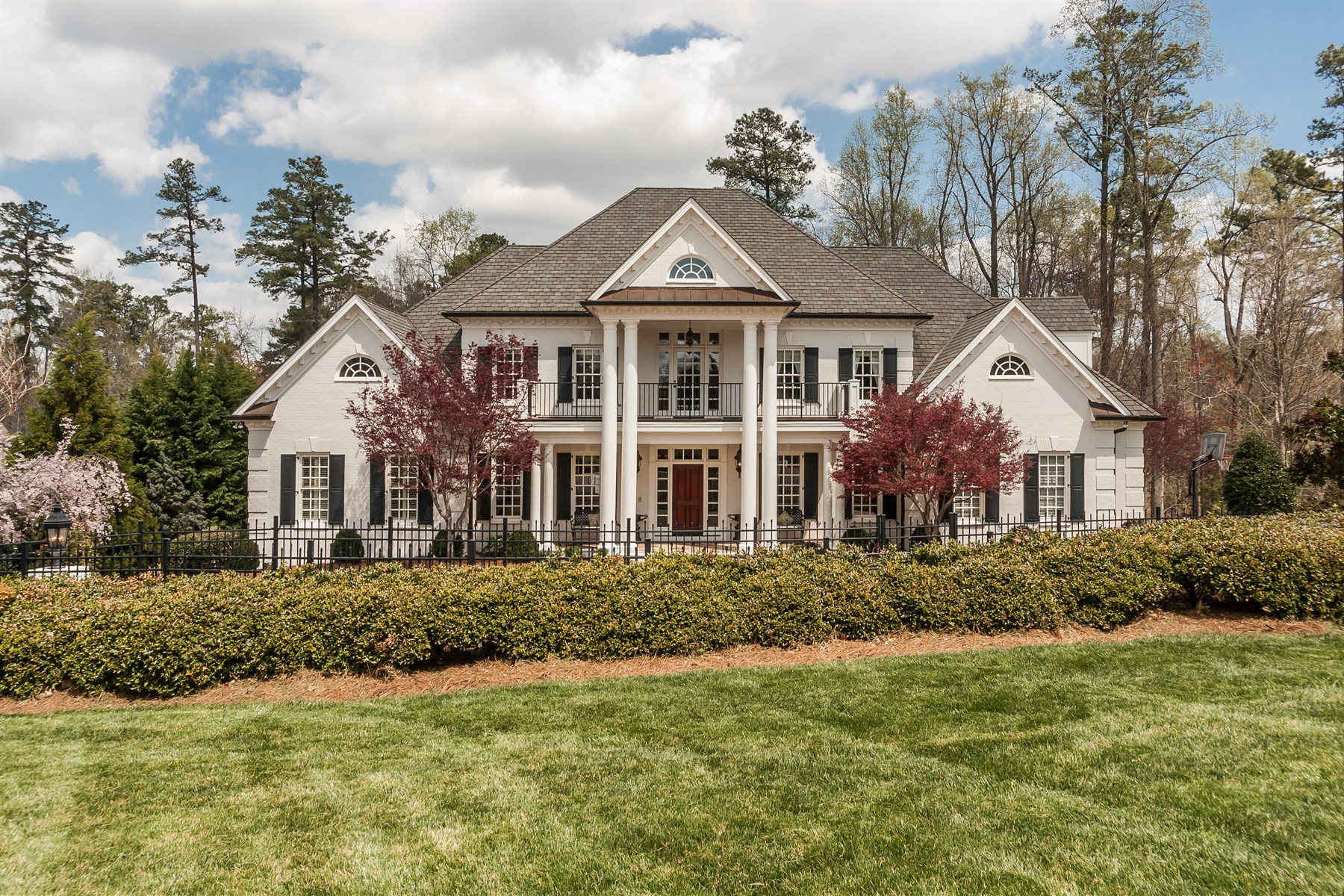Single Family Home for Sale at Beautiful Devon Estate 4708 Wynneford Way Raleigh, North Carolina 27614 United States