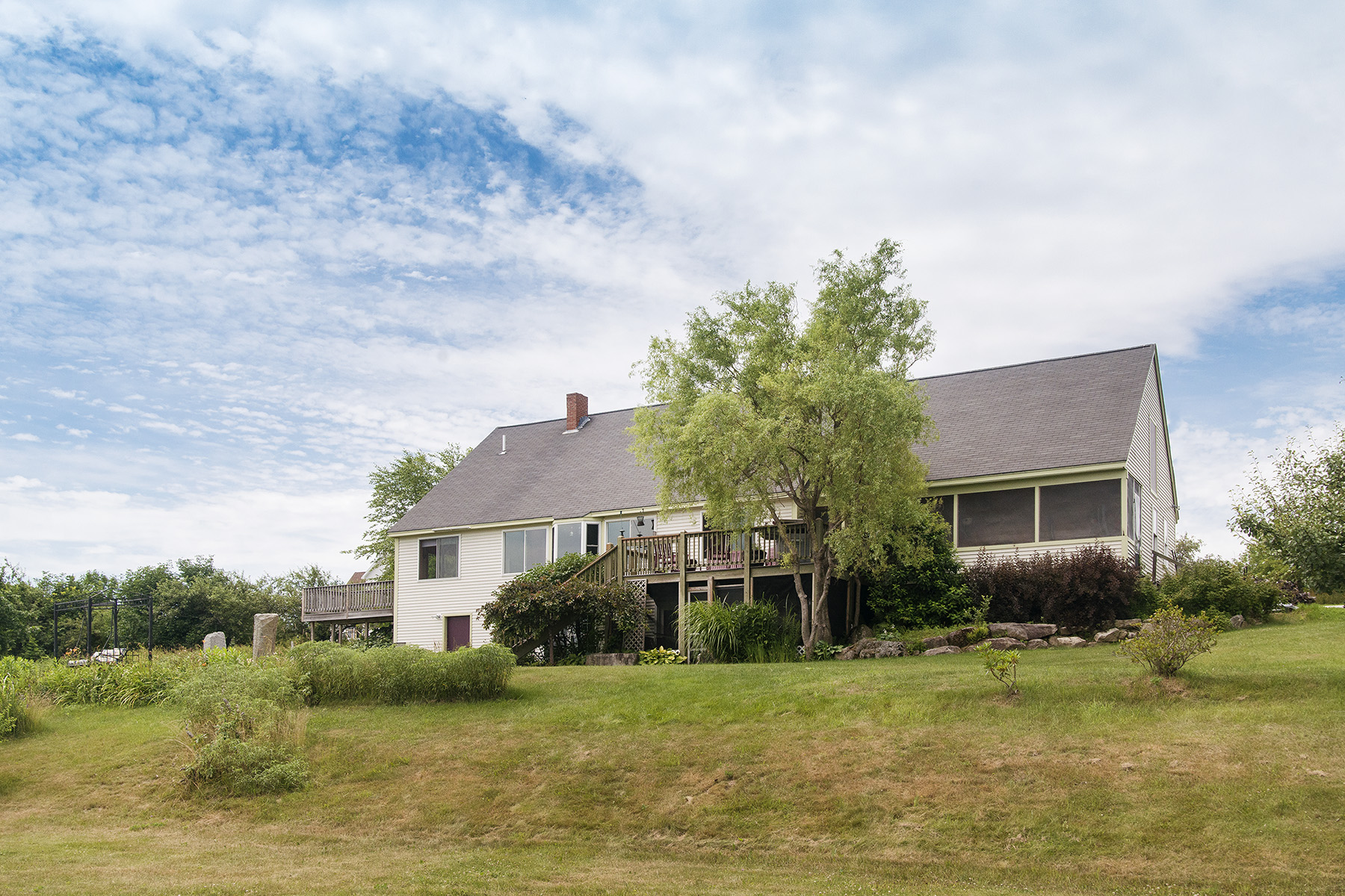 Maison unifamiliale pour l Vente à 17 Orchard View Drive Waterford, Maine, 04088 États-Unis