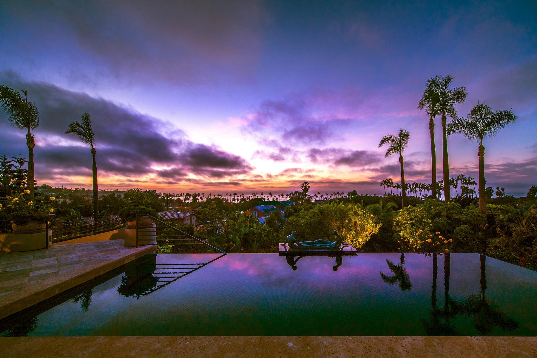 Частный односемейный дом для того Продажа на 8350 Calle Del Cielo La Jolla, 92037 Соединенные Штаты