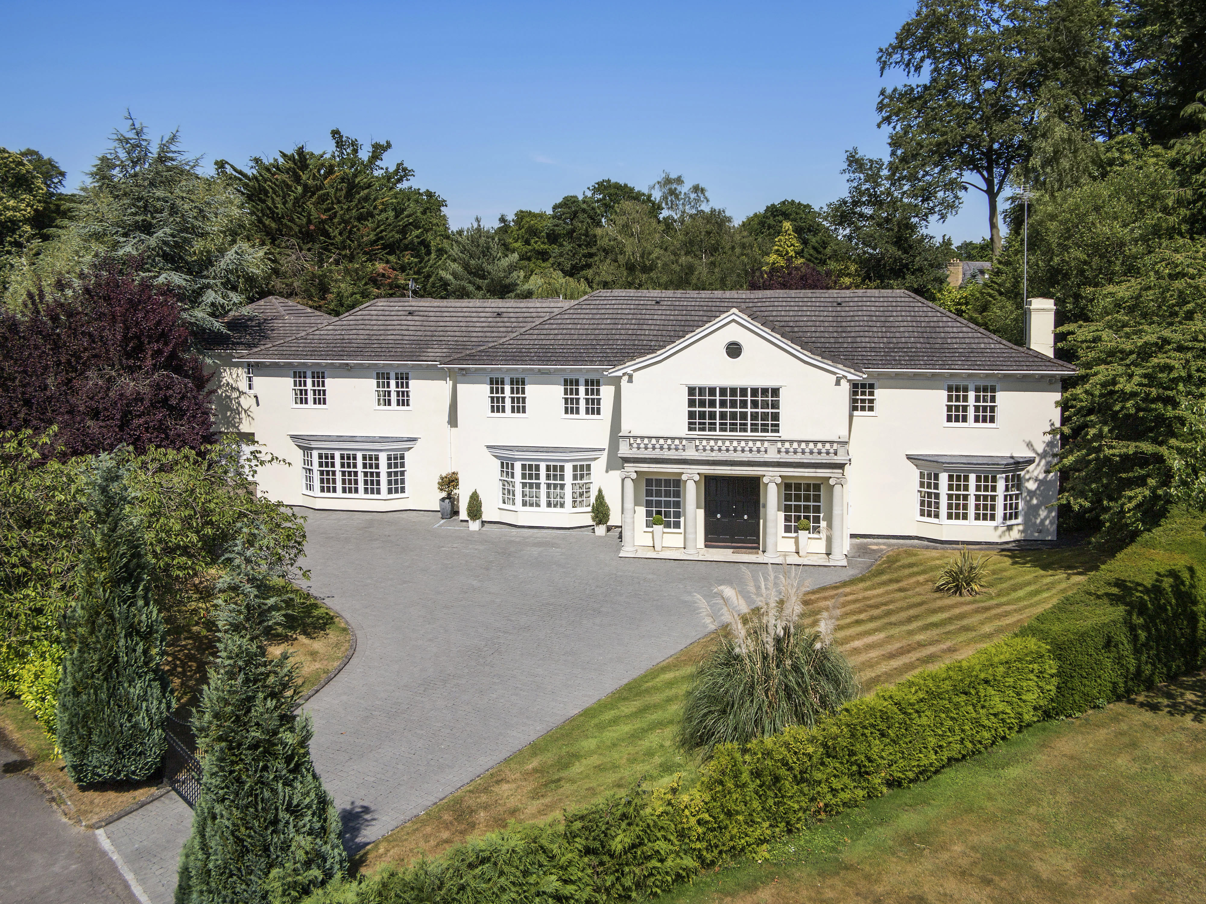 Single Family Home for Sale at Ascot, Berkshire Kier Park Ascot, England, SL57DS United Kingdom