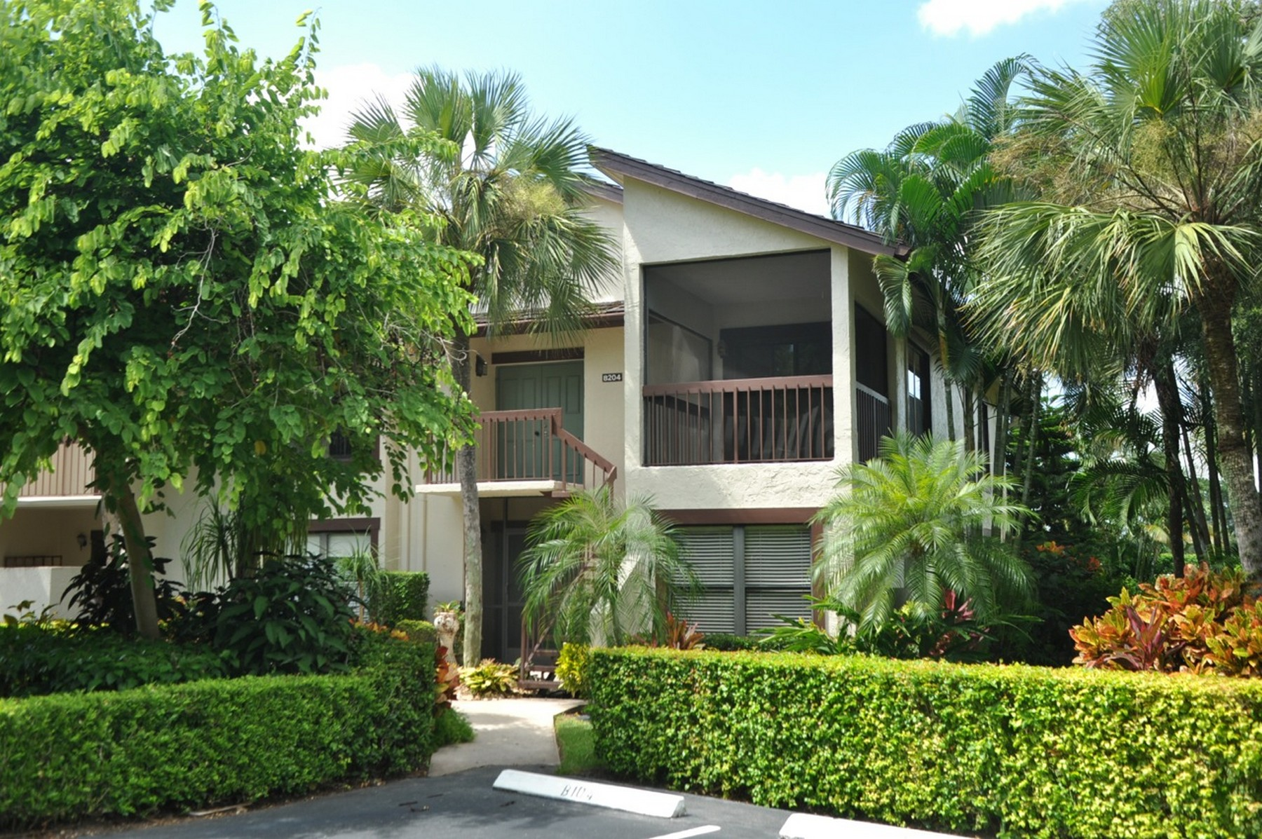 rentals property at 11267 Pond View