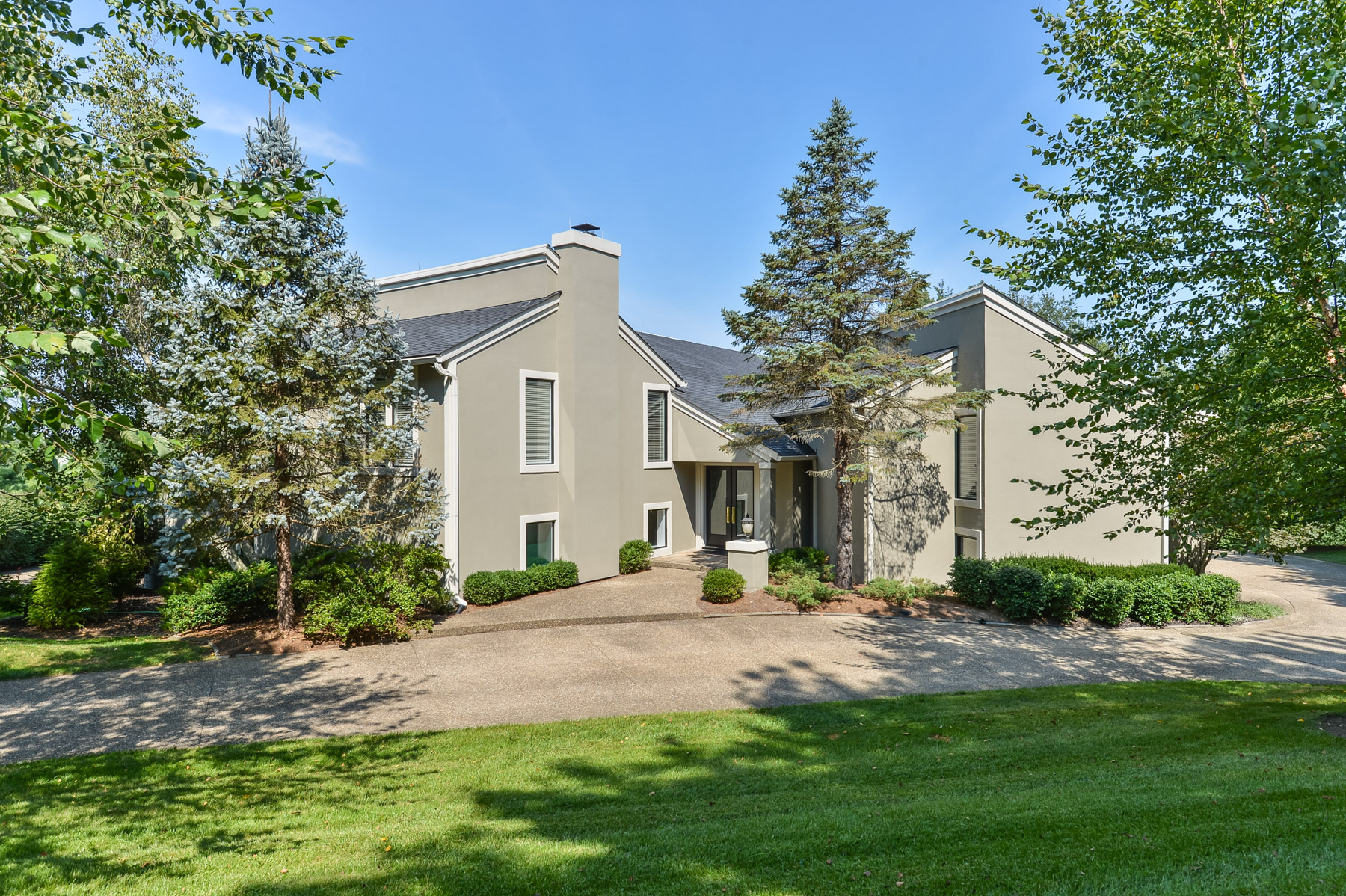 Property For Sale at 5 Scenic Hill