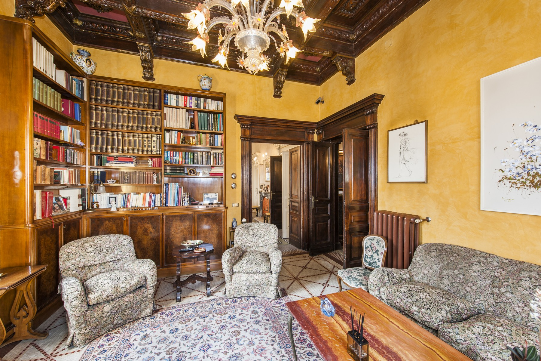 Additional photo for property listing at Magnificent Apartment at Palazzo del Ragno Rome, Rome Italien
