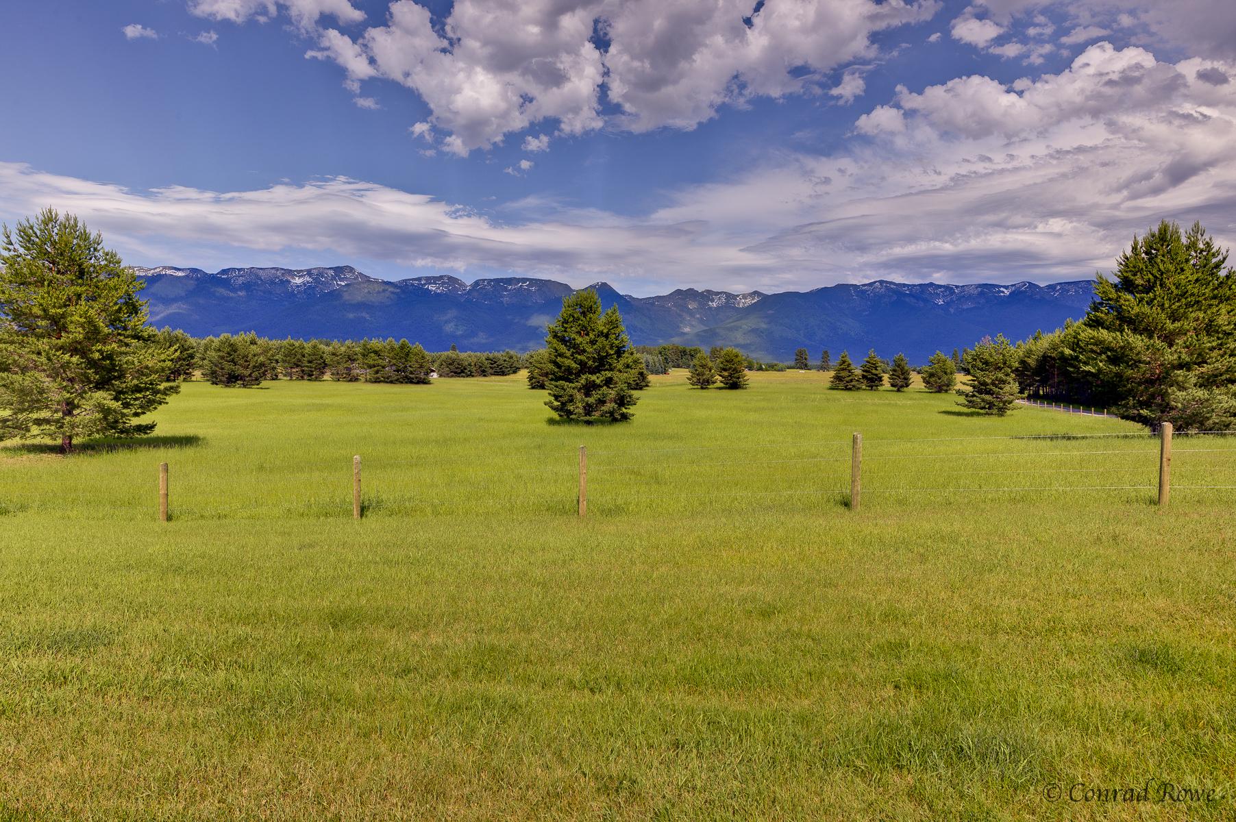 獨棟家庭住宅 為 出售 在 Country Home Living 304 Rocky Woods Lane Bigfork, 蒙大拿州, 59911 美國