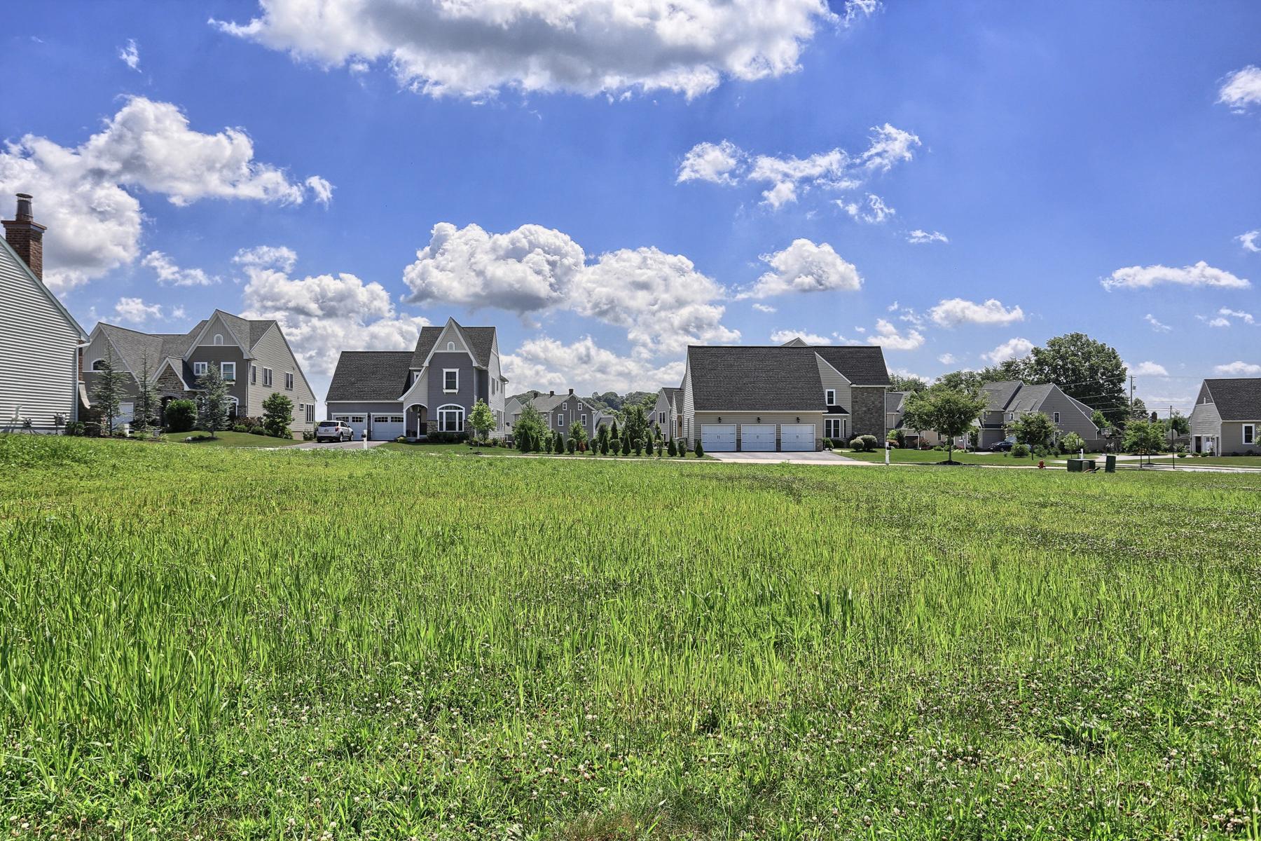 土地 为 销售 在 5804 Wild Lilac Drive 东彼得堡, 宾夕法尼亚州 17520 美国