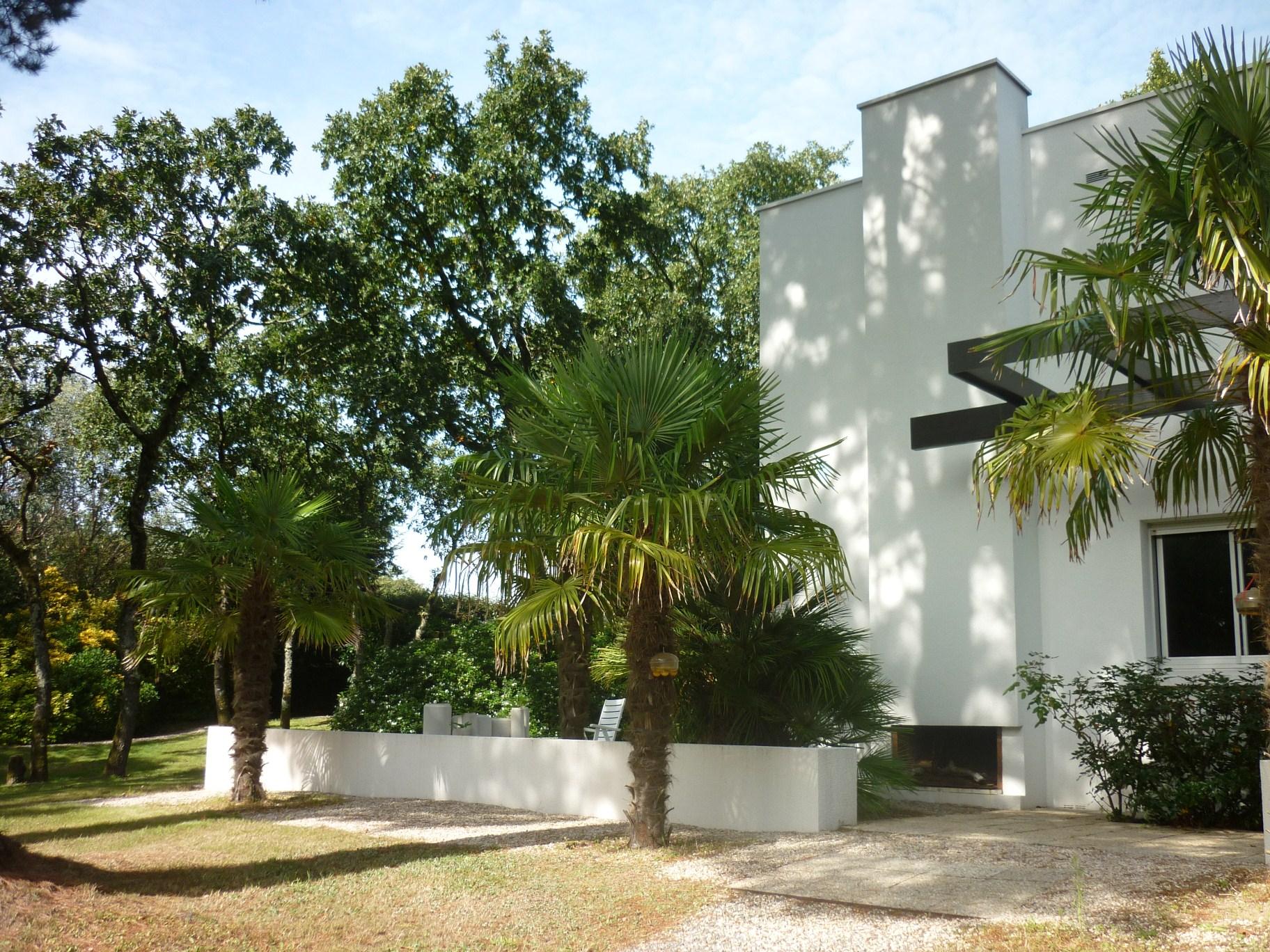 Single Family Home for Sale at VILLA FLORIDE Other Pays De La Loire, Pays De La Loire 44360 France