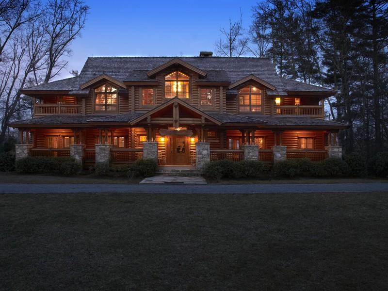 단독 가정 주택 용 매매 에 Big Pine Lodge 434 Lake Sequoyah Drive Highlands, 노스캐놀라이나, 28741 미국