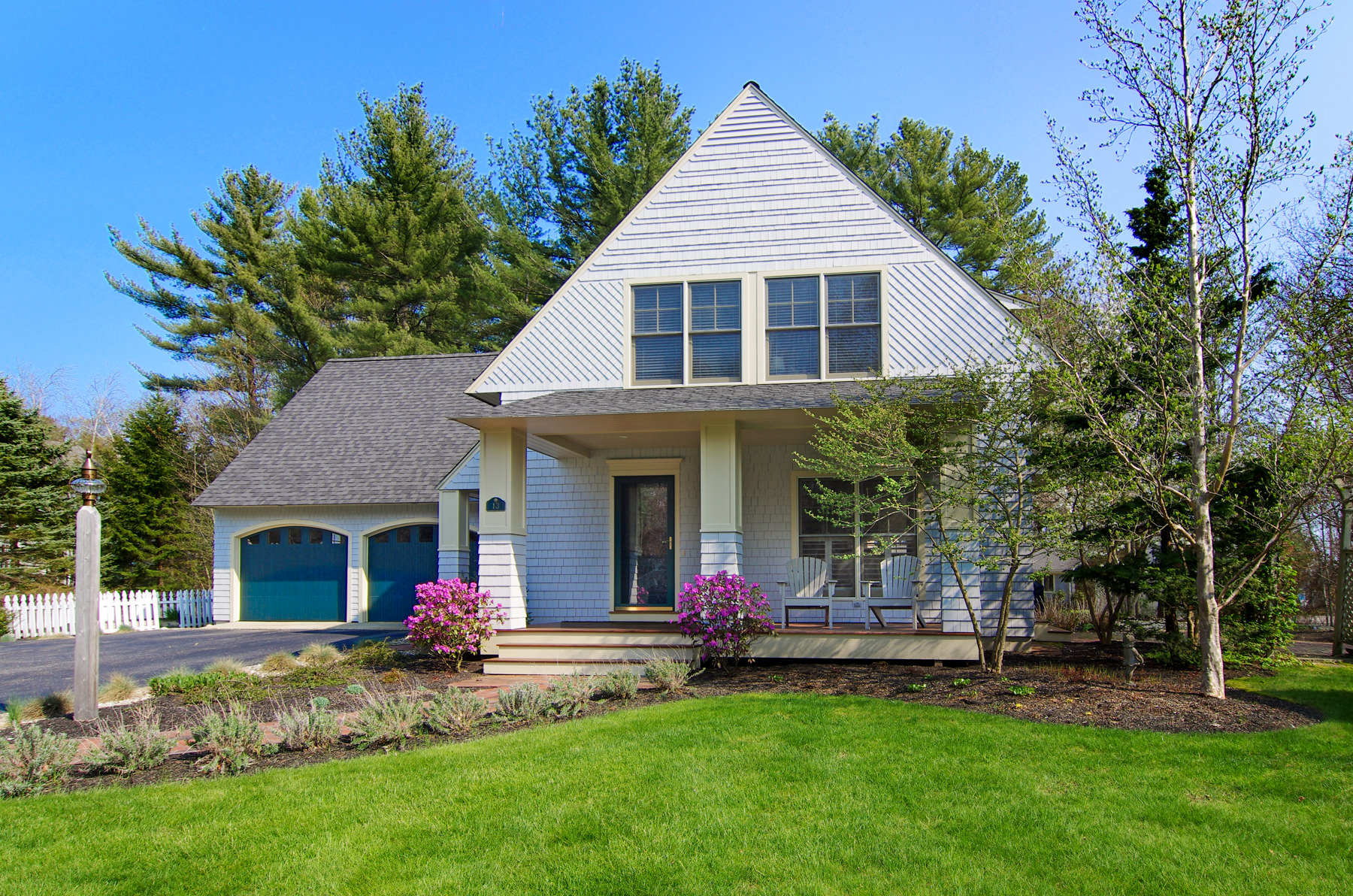 Single Family Home for Sale at 13 Seaborne 13 Seaborne Drive Yarmouth, Maine 04096 United States
