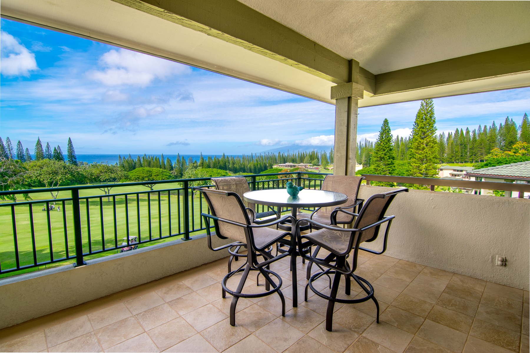 Condominio por un Venta en Par 5 Living On The Green In Kapalua 500 Kapalua Drive, Golf Villas 18V4 Kapalua, Hawaii, 96761 Estados Unidos