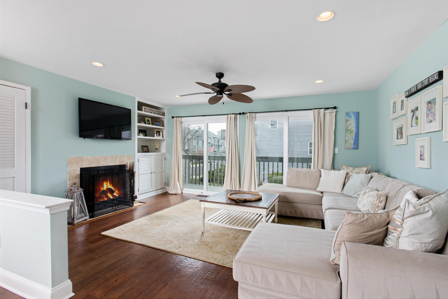 sales property at Sea View Island Beauty!