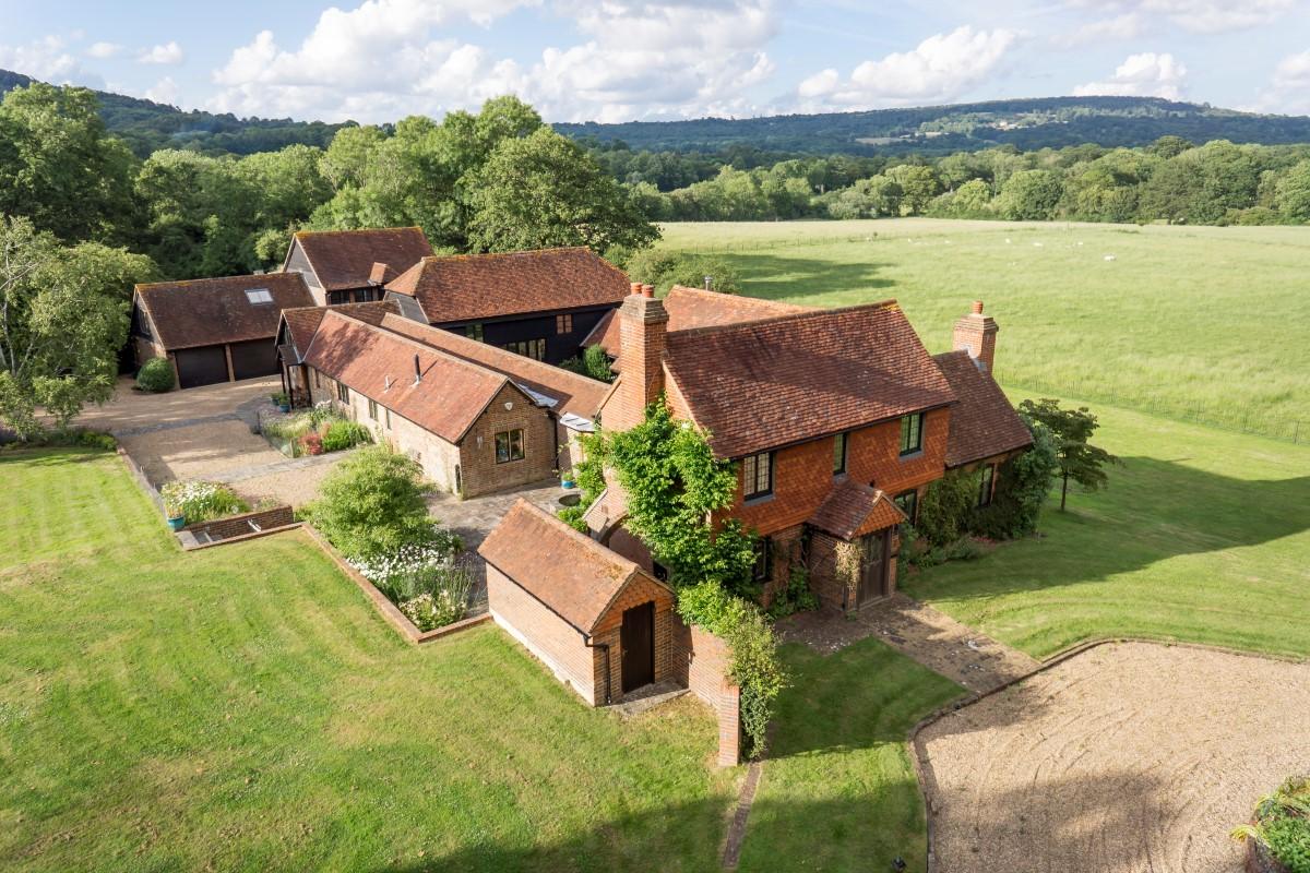 Maison unifamiliale pour l Vente à Ewhurst Coophurst Lane Ockley Road Other England, Angleterre, GU67SH Royaume-Uni