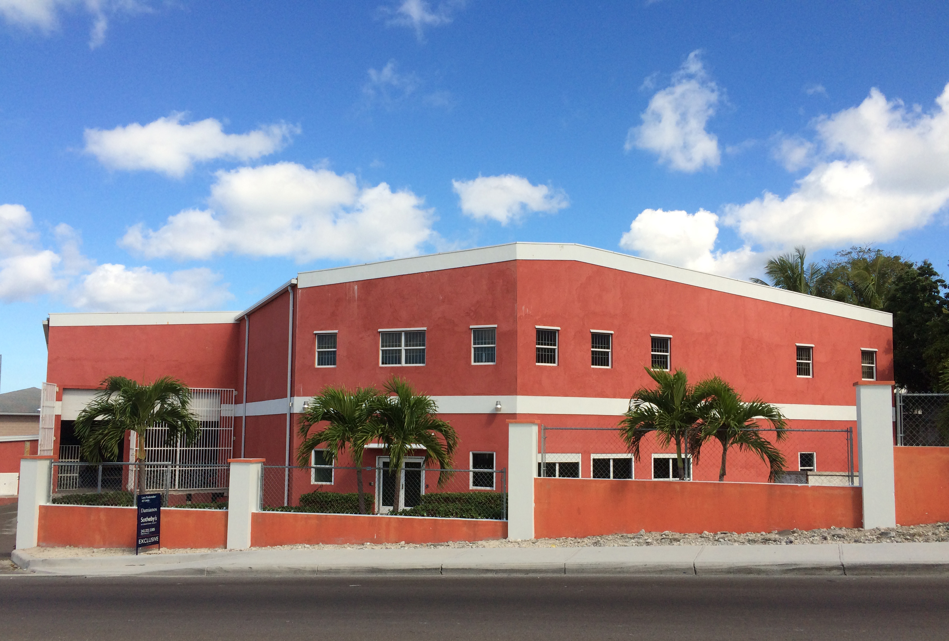 Commercial for Rent at #106 Thompson Blvd Warehouse Other New Nassau And Paradise Island, Nassau And Paradise Island Bahamas