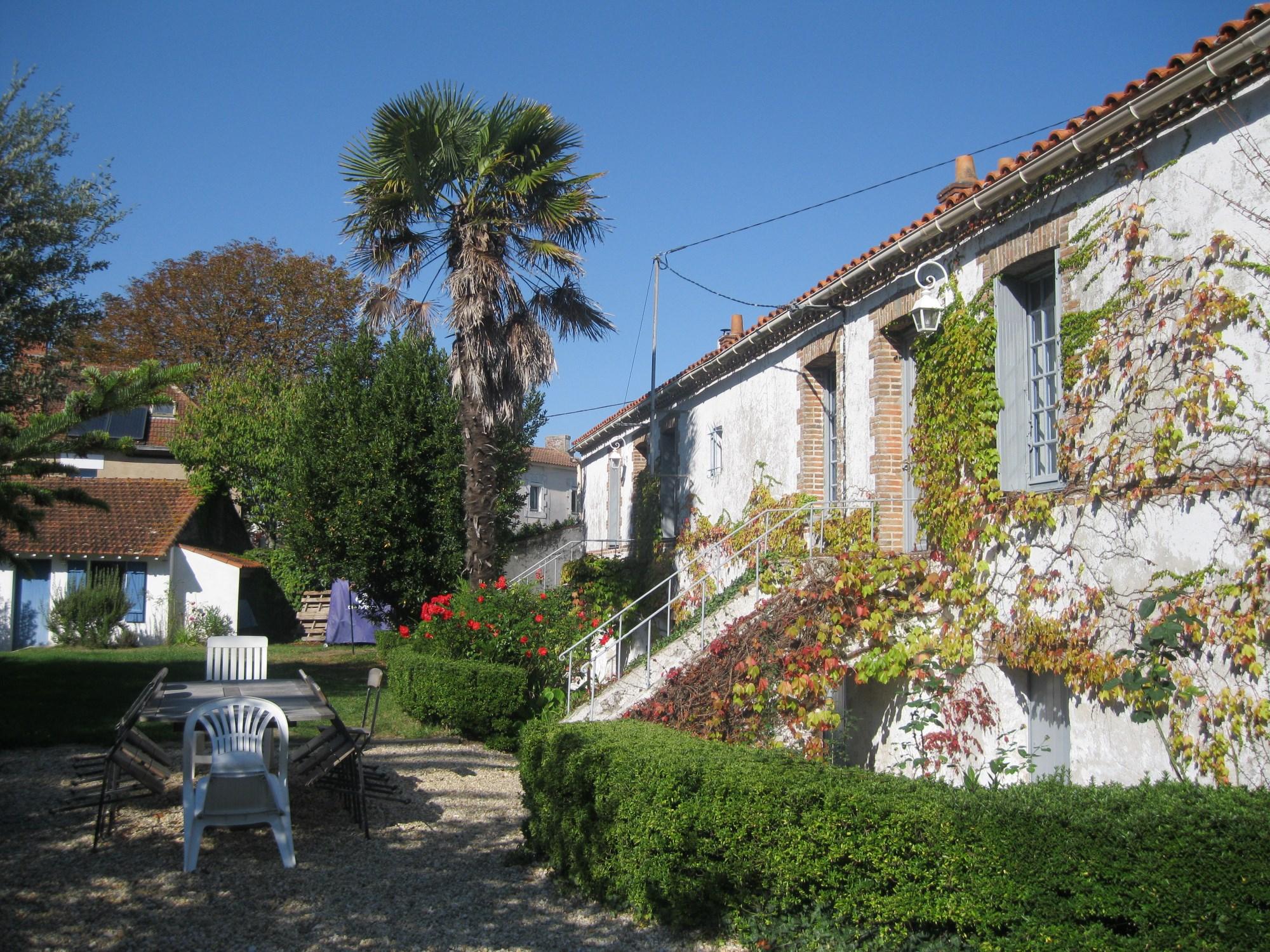 Single Family Home for Sale at PROCHE MER GRANDE MAISON FAMILIALE RENOVEE Other Pays De La Loire, Pays De La Loire 44580 France