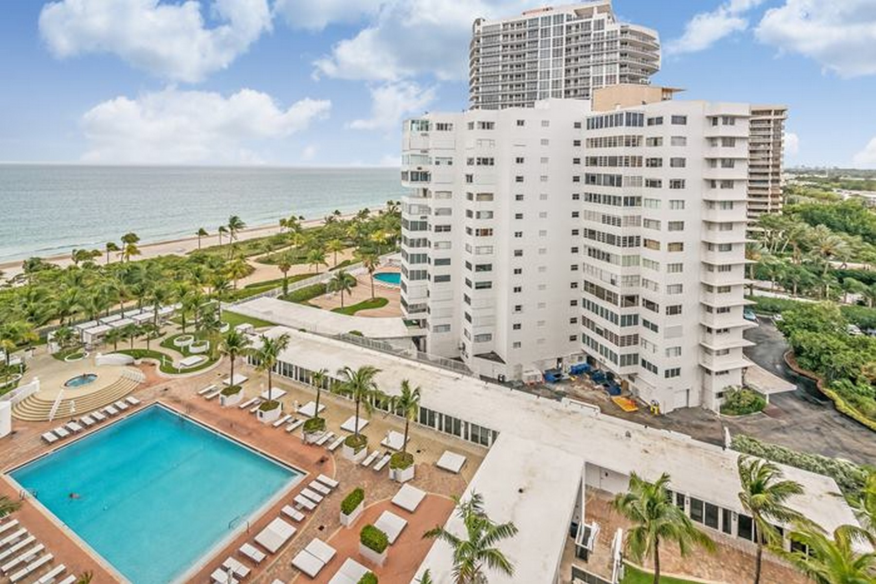 Piso por un Venta en 10275 Collins Ave Unit 1017 Bal Harbour, Florida 33154 Estados Unidos