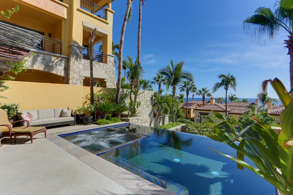 Additional photo for property listing at Veranda 2-103 Cabo San Lucas, Baja California Sur Mexico