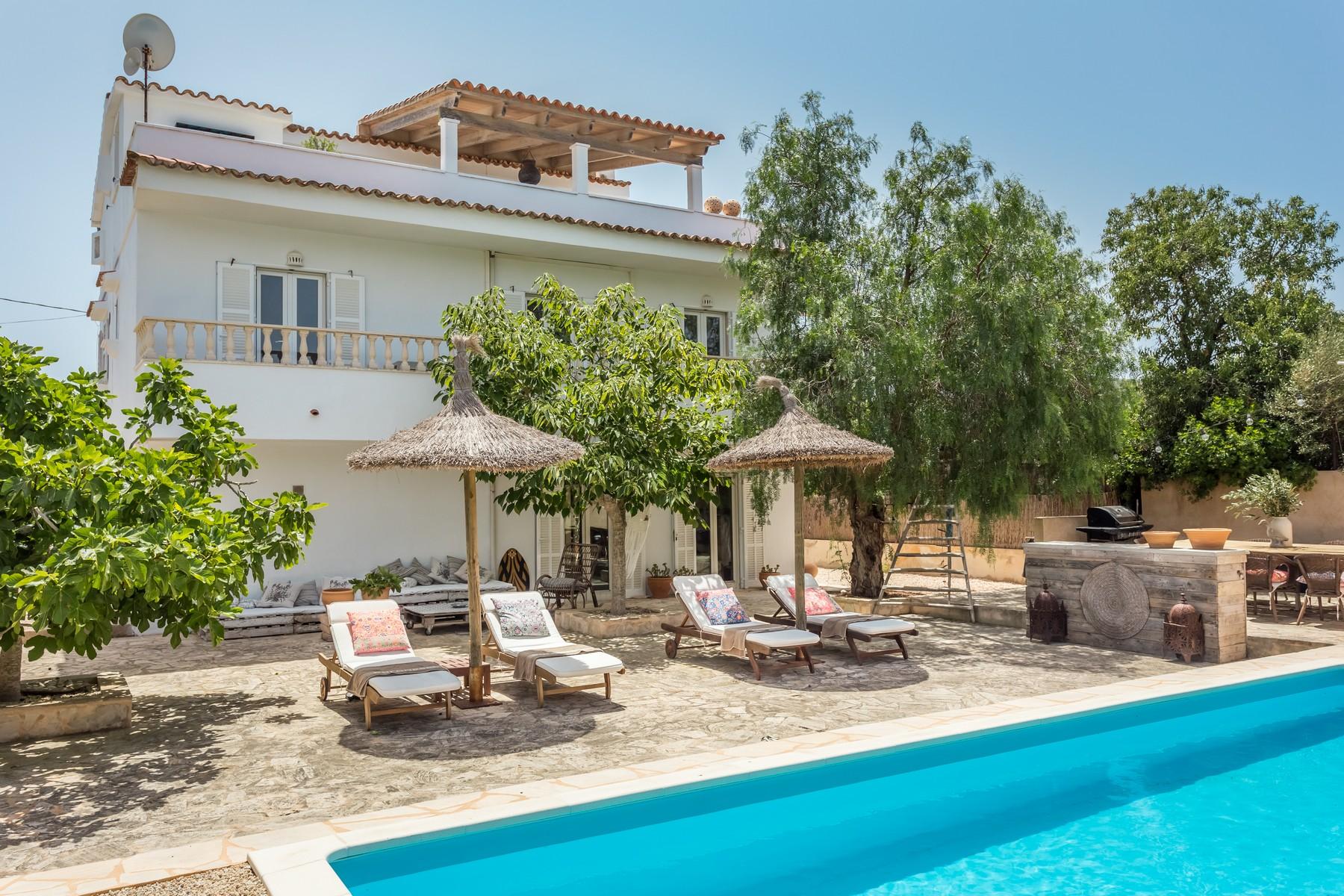 Nhà ở một gia đình vì Bán tại Charming villa in Cala Llombards Cala Llombards, Mallorca, 07690 Tây Ban Nha